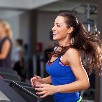 What fitness options are available at Comfort Inn & Suites St. Louis – Chesterfield?